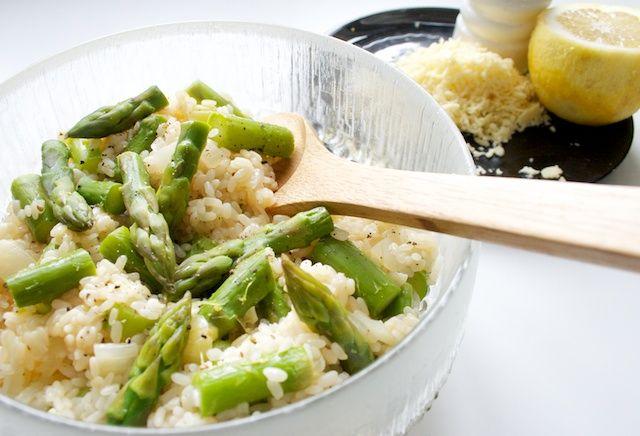 Hämmentäjä: Asparagus risotto with lemon. Sitruuna-parsarisotto