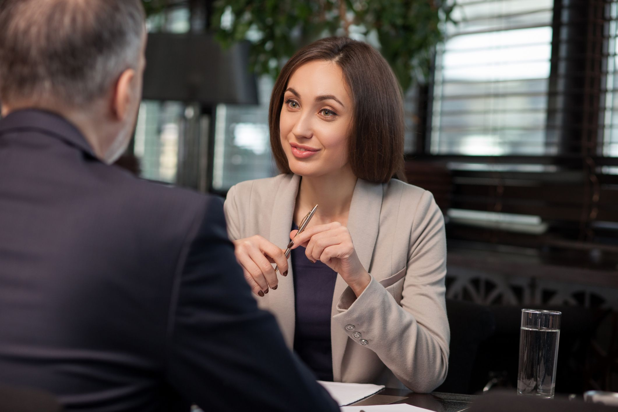 4 Simple Yet Powerful Negotiating Tips for Introverts
