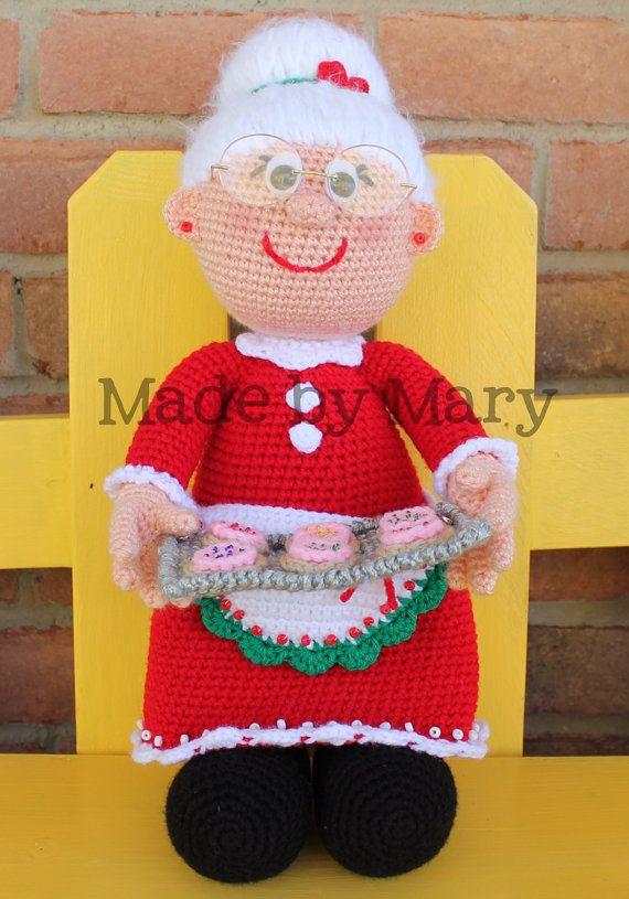 Weihnachts - Frau häkeln | Xmas crochet patterns | Pinterest | Frau ...