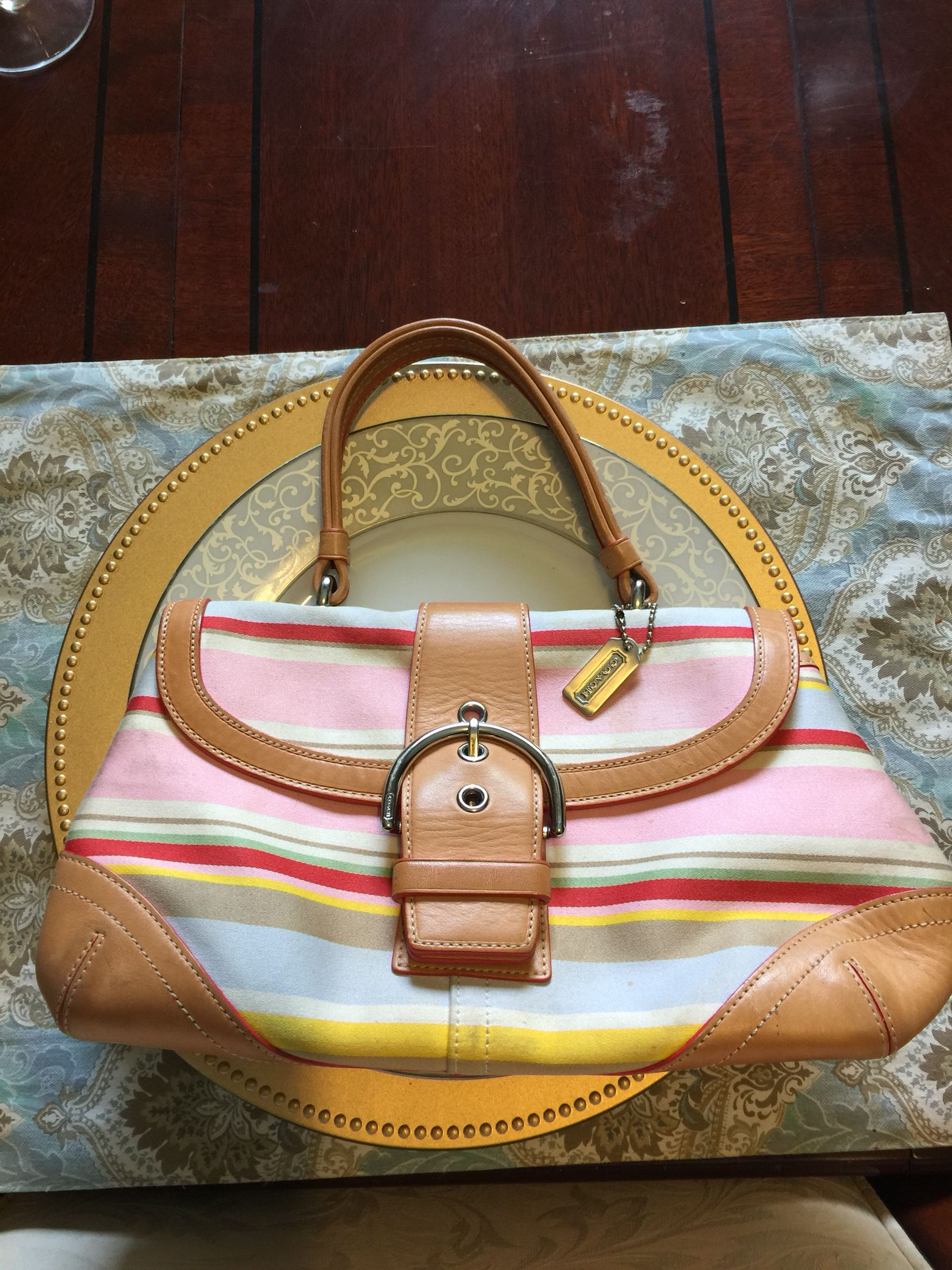 Small coach handbag - GUC. For trade only.