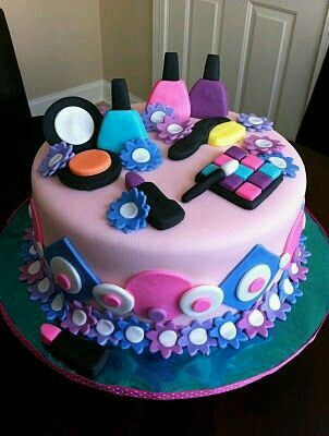 Bolo maquiagem Cakes Pinterest Cake Birthdays and Cake girls