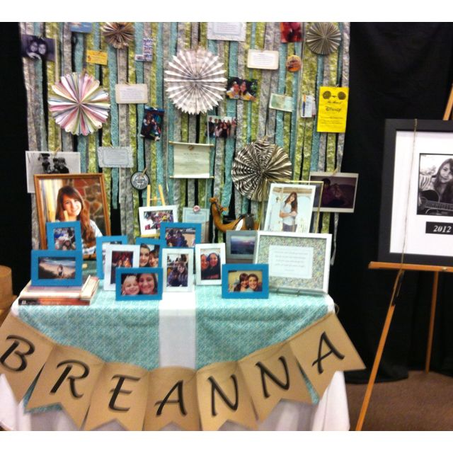 Home Design Ideas For Seniors: Graduation Senior Table-- I Like The Ribbon Background And