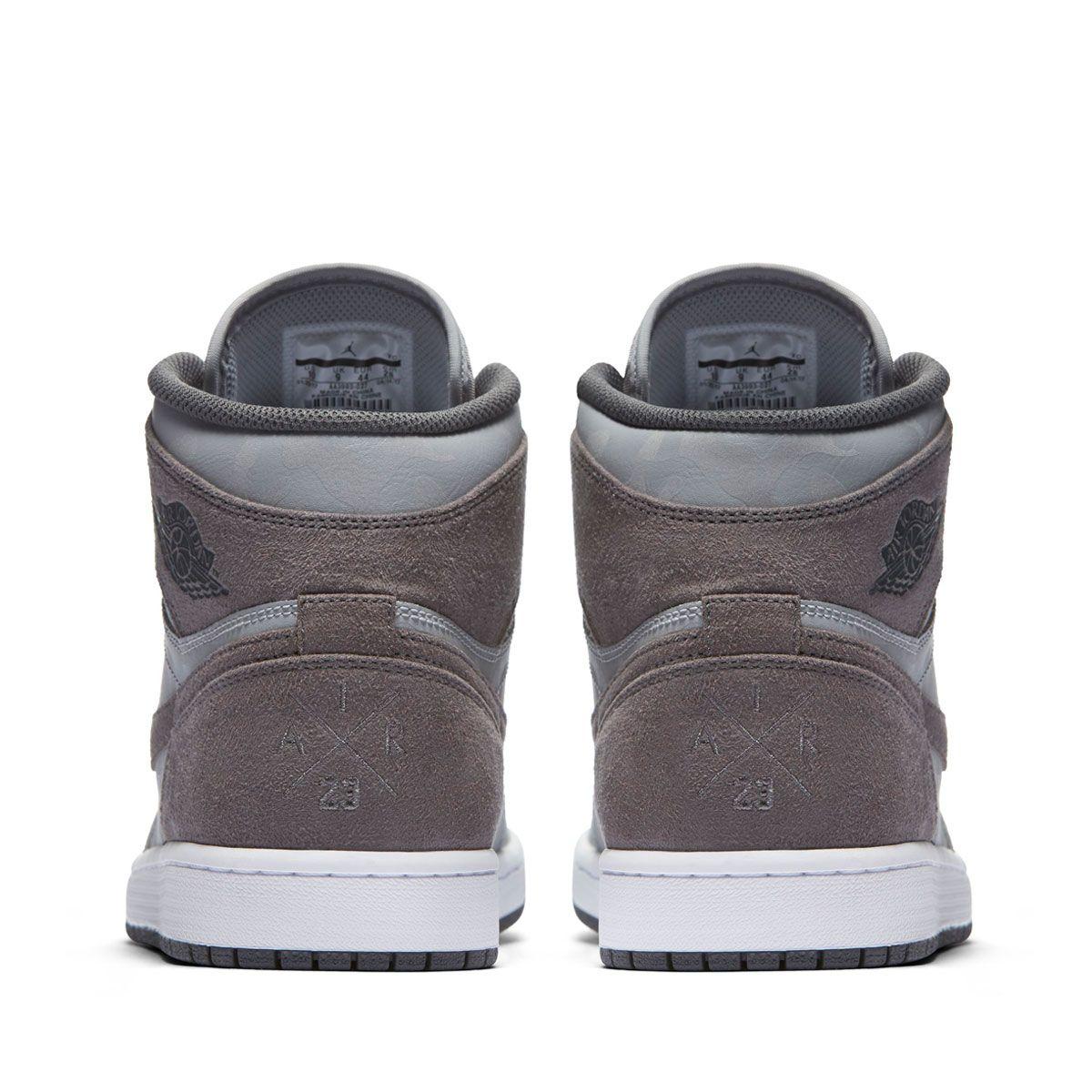"Preview Air Jordan 1 Retro High Premium ""Wolf Grey Camo"