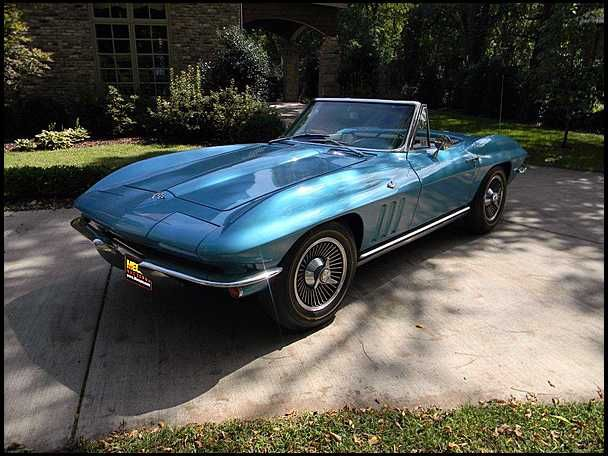 1965 Chevrolet Corvette 327 350 Hp 4 Speed Mecum Auctions Corvette Chevrolet Corvette Chevrolet