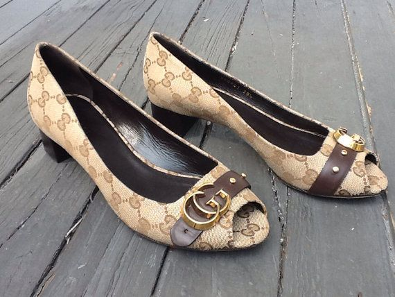 Hey, I found this really awesome Etsy listing at http://www.etsy.com/listing/162707121/gucci-shoes-385