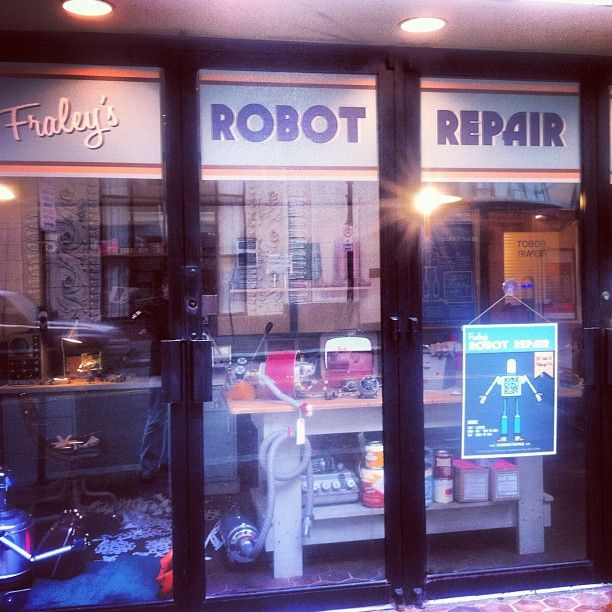 Fraley's Robot Repair. This is very cool.