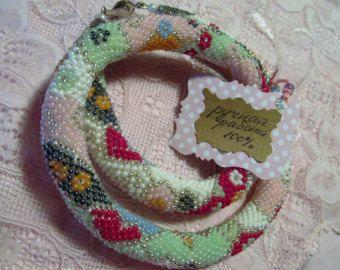 Collana a maglia di MaslovaCreation su Etsy