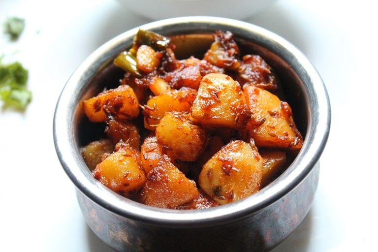 YUMMY TUMMY: Jeera Aloo Recipe / Jeera Aloo Sabzi Recipe