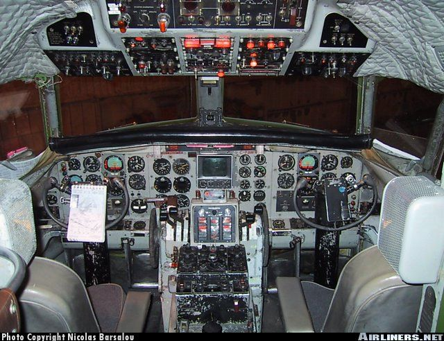 convair 580 cockpit
