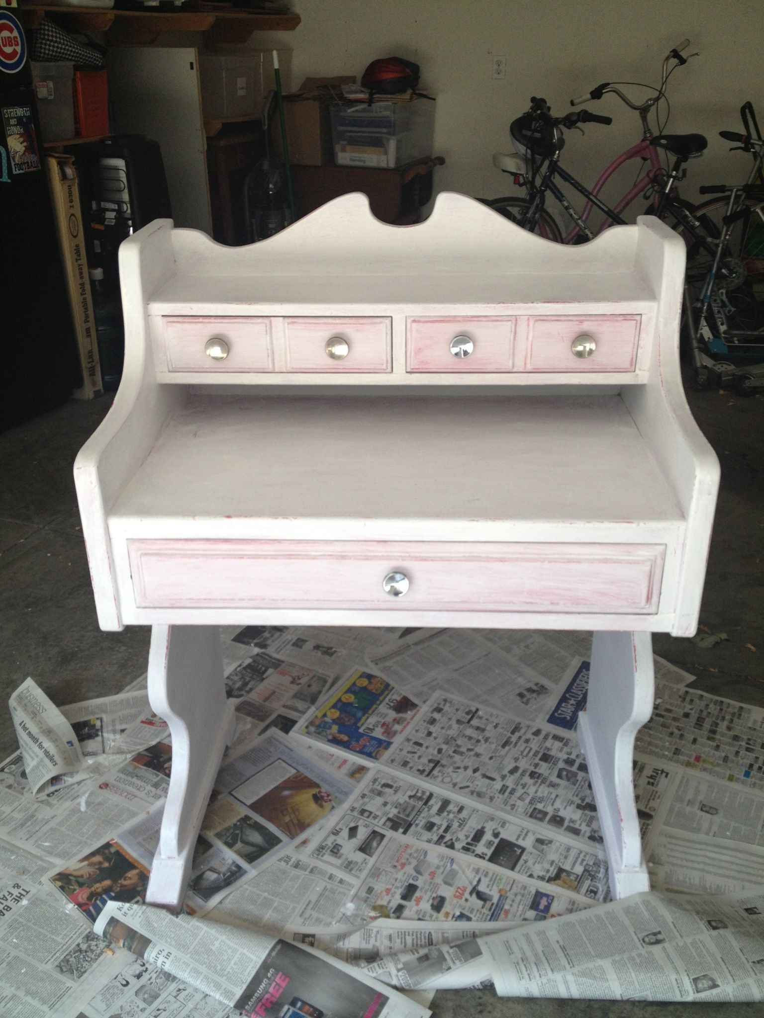 Give your furniture an antiqued or distressed look ladulcelavie - Give Your Furniture An Antiqued Or Distressed Look Ladulcelavie 6