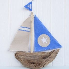 driftwood boat by Driftwood Dreaming. £30.00 plus postage.