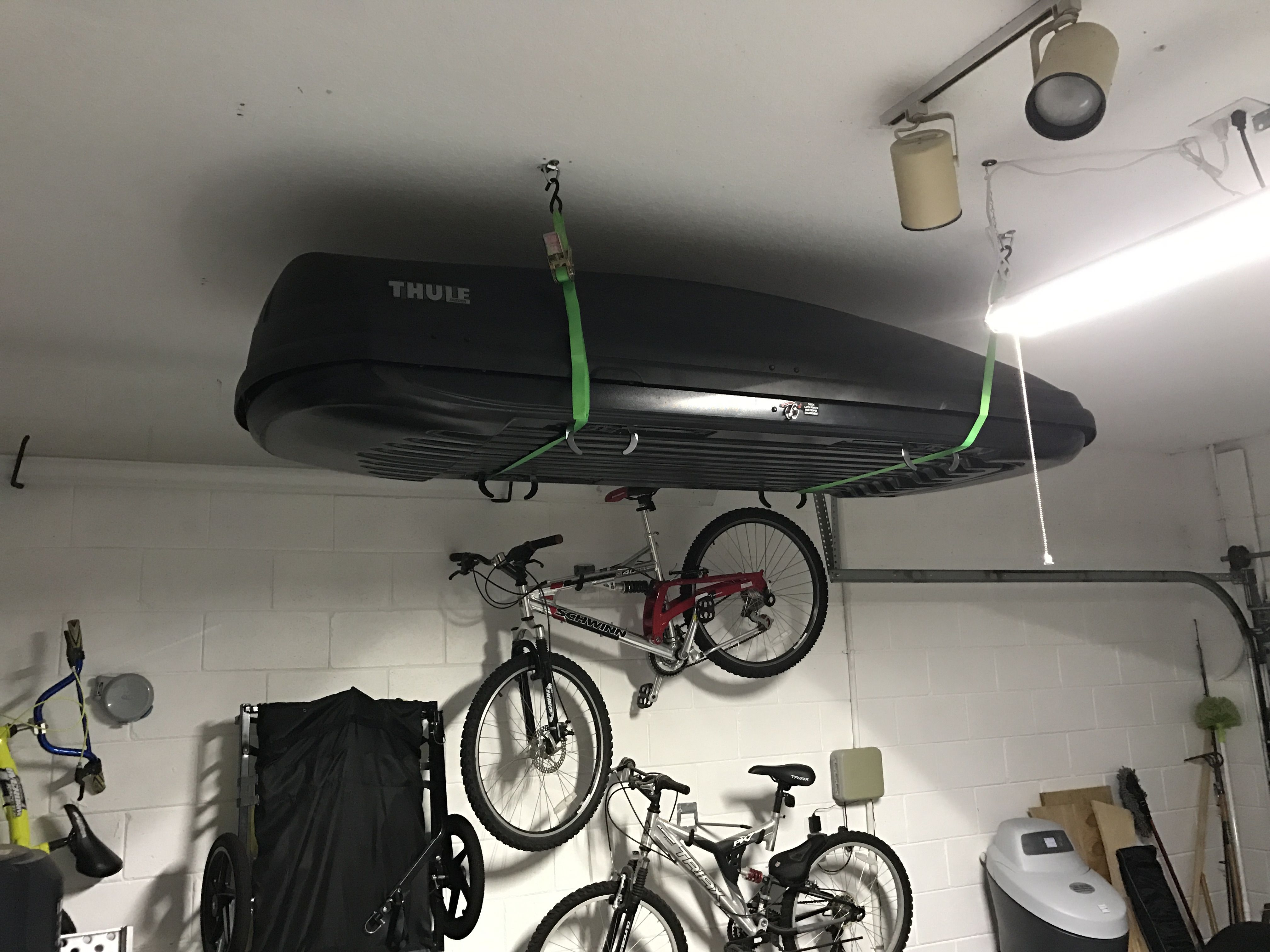 Garage Storage Of Rooftop Cargo Carrier Thule Garage Storage Cargo Carrier Cargo Storage