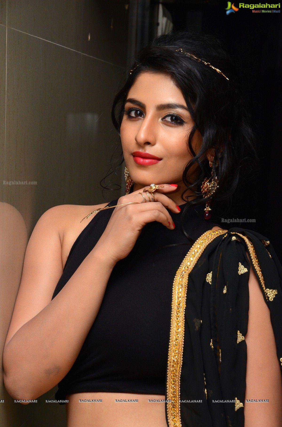 http://www.ragalahari/actress/78595/kruthika-jayakumar-at-rojulu