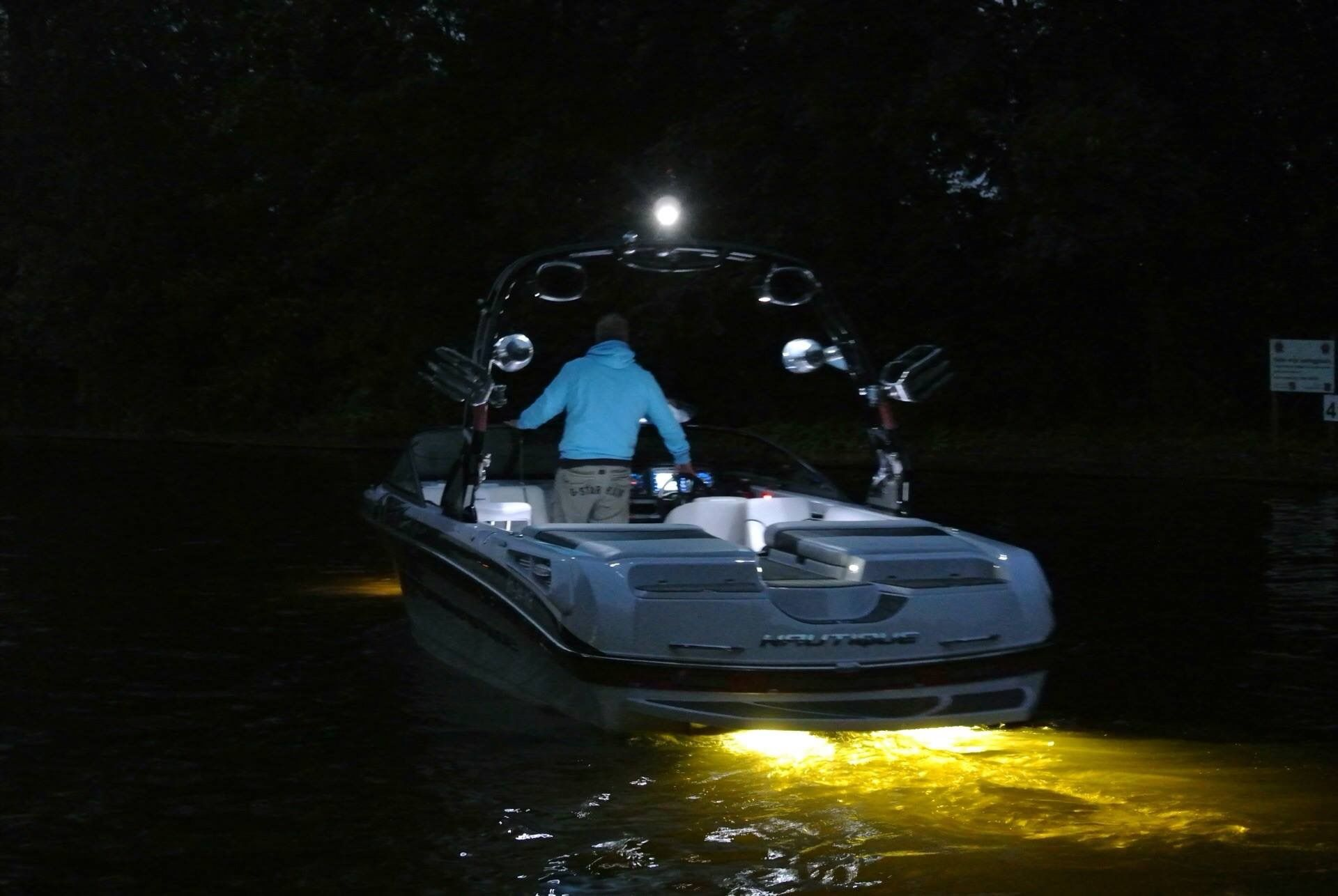 Super air nautique 230 Ski boats, Boat, Skiing