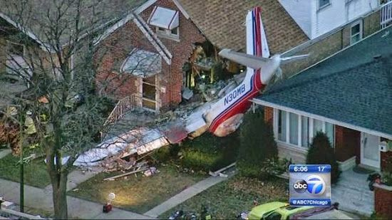 Pilot Dead After Plane Crashes Into House Near Chicago S Midway