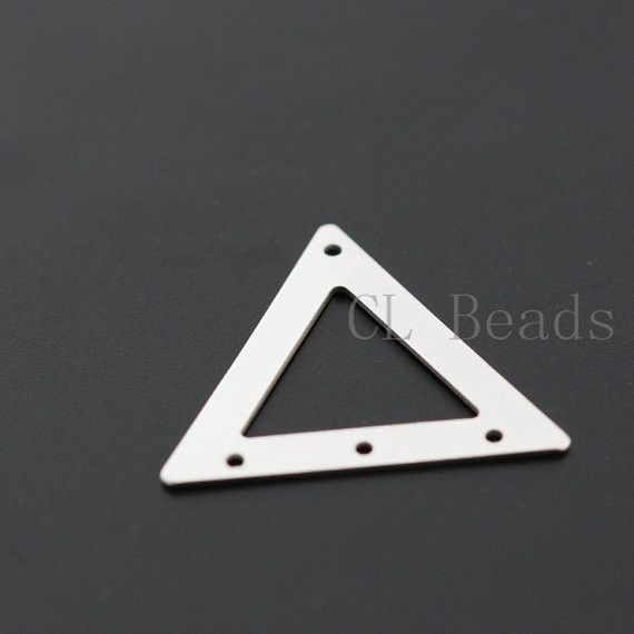 Brass Triangle - 18.5mm (1733C)