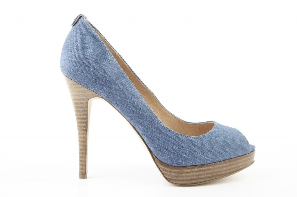 Jeans pump - Michael Kors. This beauty is available in our store!