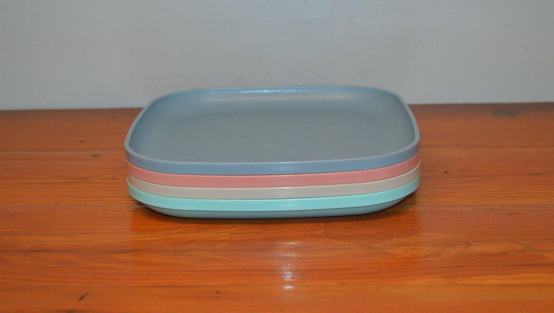 Vintage pastel Tupperware square plates set of four by MaAndPasAttic on Etsy & Vintage pastel Tupperware square plates set of four by MaAndPasAttic ...