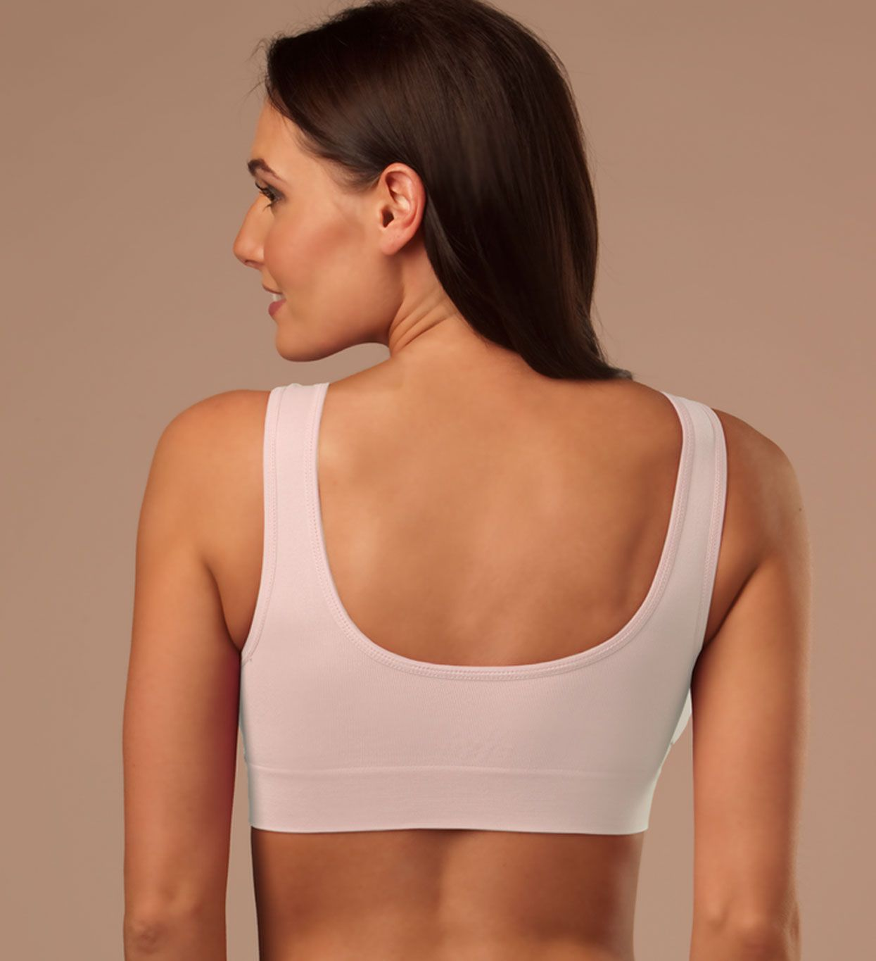 95d4b249c1 Genie Bra smooths the back and helps eliminate spillage.  seamlessbra   seamless  wirefree