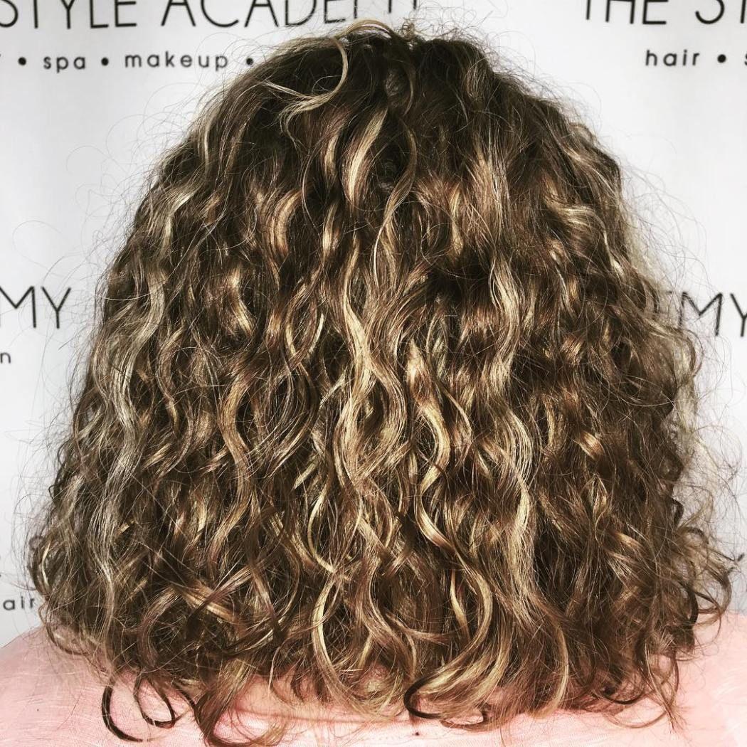 50 Perm Hair Ideas That Will Rock Your Looks Hair Adviser In 2020 Permed Hairstyles Perms For Medium Hair Hair Styles
