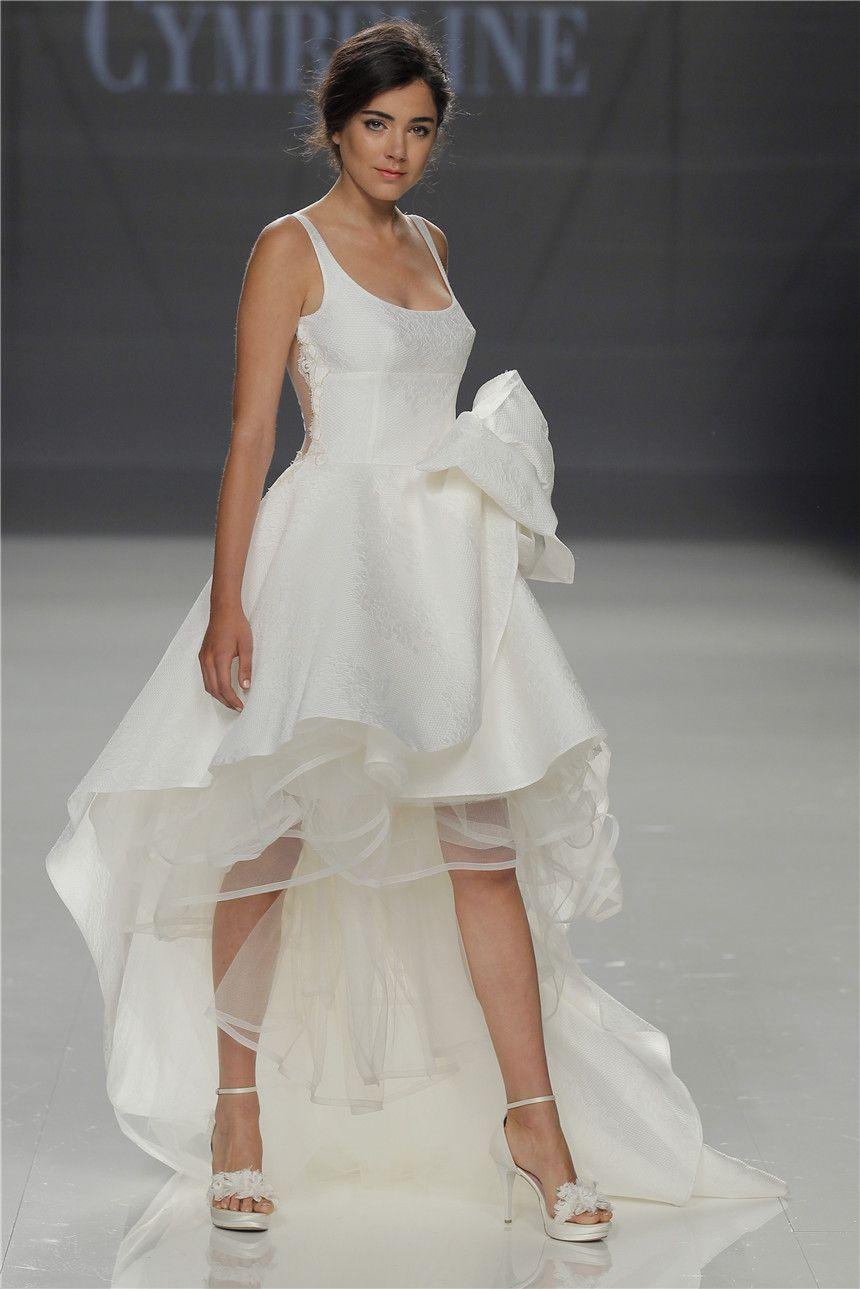 Cymbeline Ss2018 Collection Barcelona Bridal Fashion Week Perfect Wedding Dress Dresses Best Wedding Dresses [ 1289 x 860 Pixel ]