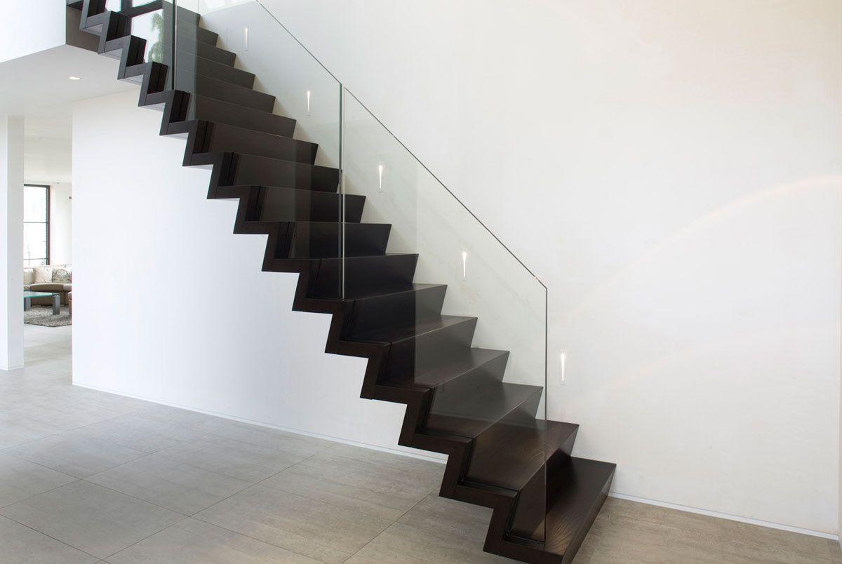 Trappen modern trappen demunster waterven heule trap trappen houten trap betontrap - Moderne betonnen trap ...