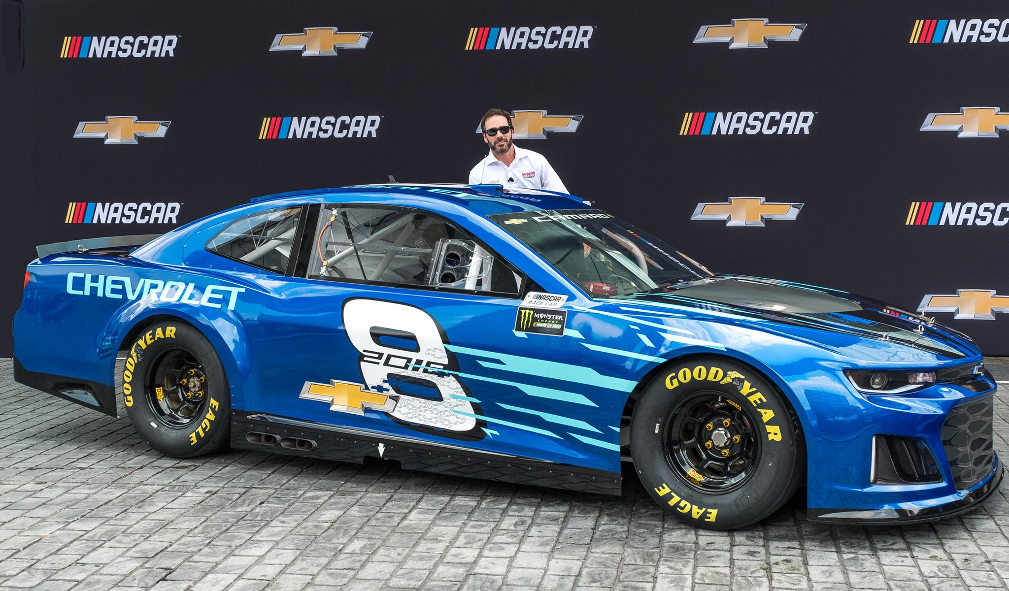 The 2018 Chevrolet Camaro Zl1 Nascar Cup Race Car Was Unveiled At Chevrolet S Headquarters In Detroit On August 10 Chevrolet Camaro Zl1 Camaro Chevrolet Camaro