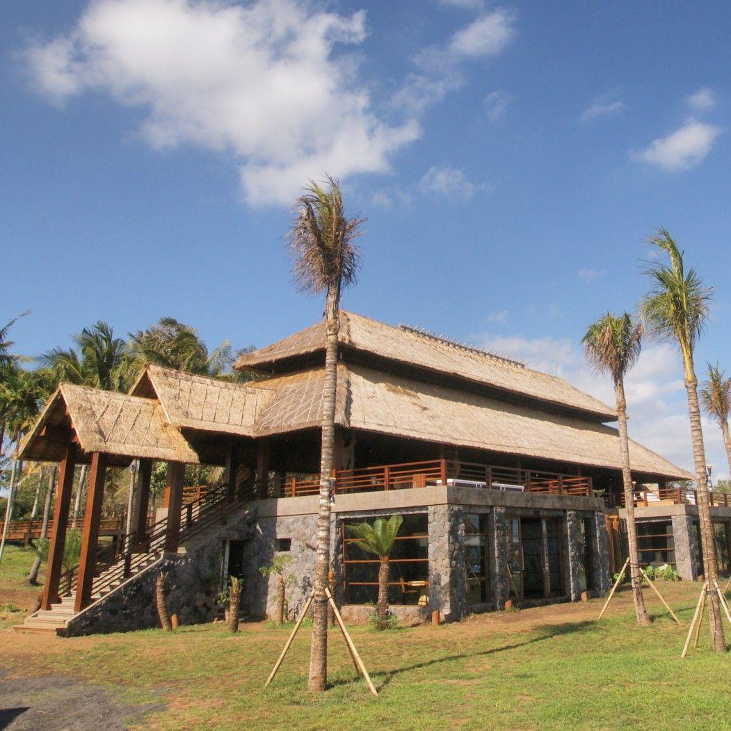 Main Building Of Villa Ketapang Designed And Build By Cipta Bali Architect In 2020 Building Contractors Bali Architecture Architect