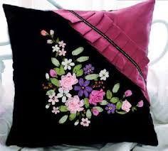 Resultado de imagen para pillows embroidery