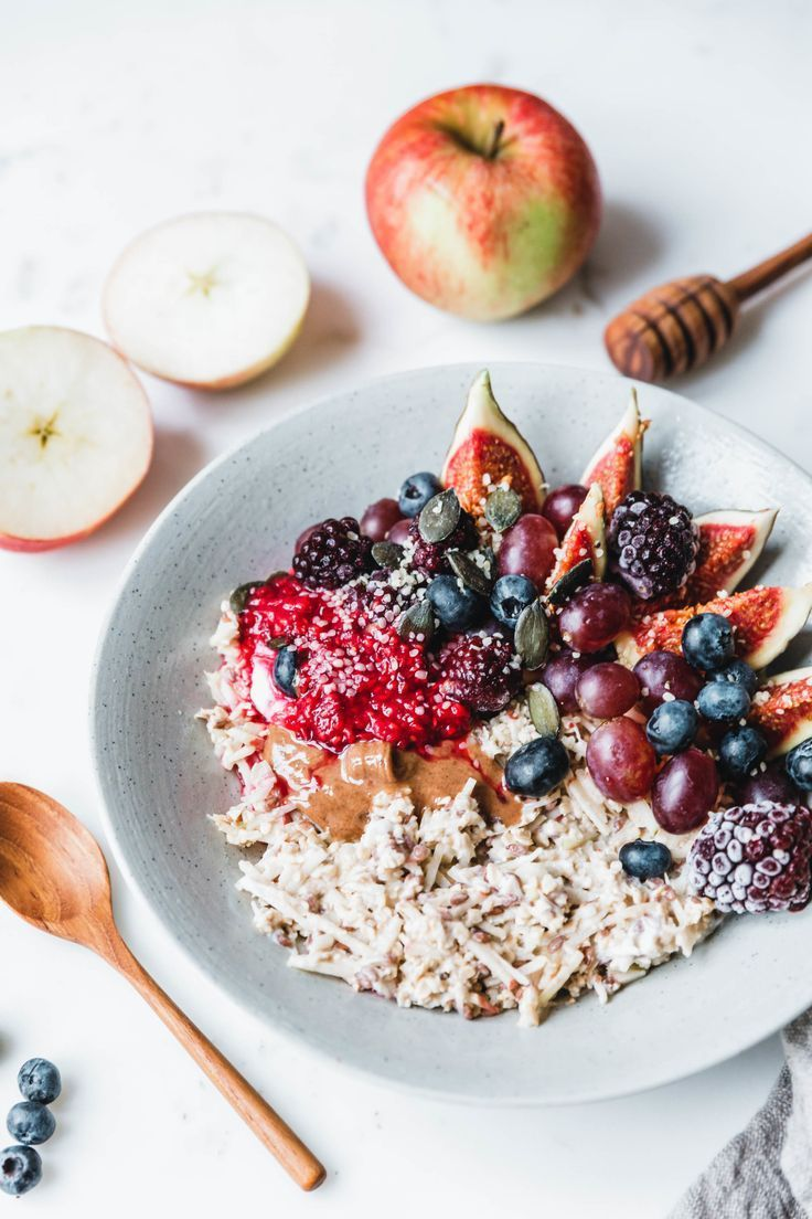 Veganes Bircher Müsli   Recipe   Vegetarian breakfast ...