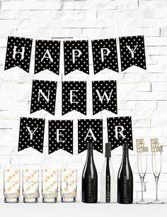 free printable gold glitter polka dot happy new year banner from chicfetti freeprintable nye