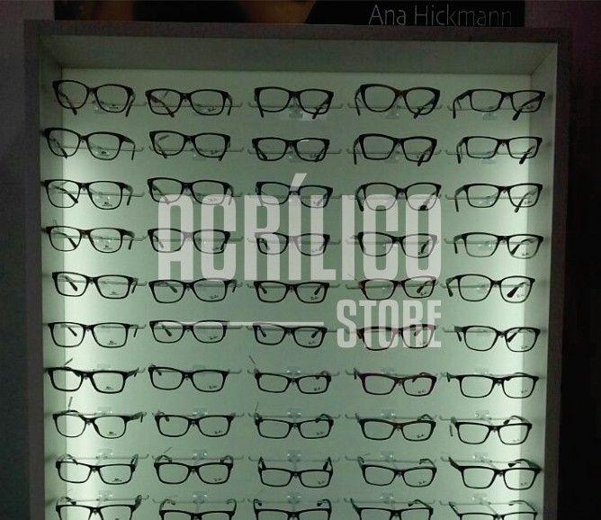 bbf46115a2e12 Expositor em acrílico para óculos - Acrílico Store   Fachadas e ...