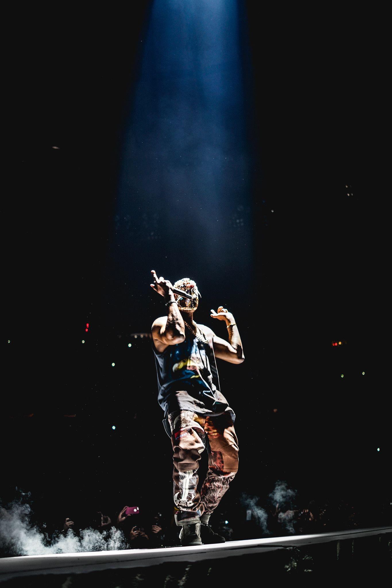 Itt Parallax Compatible Ios 7 Yeezus Tour Promo Wallpaper Yeezus Wallpaper Kanye West Wallpaper Hip Hop Art
