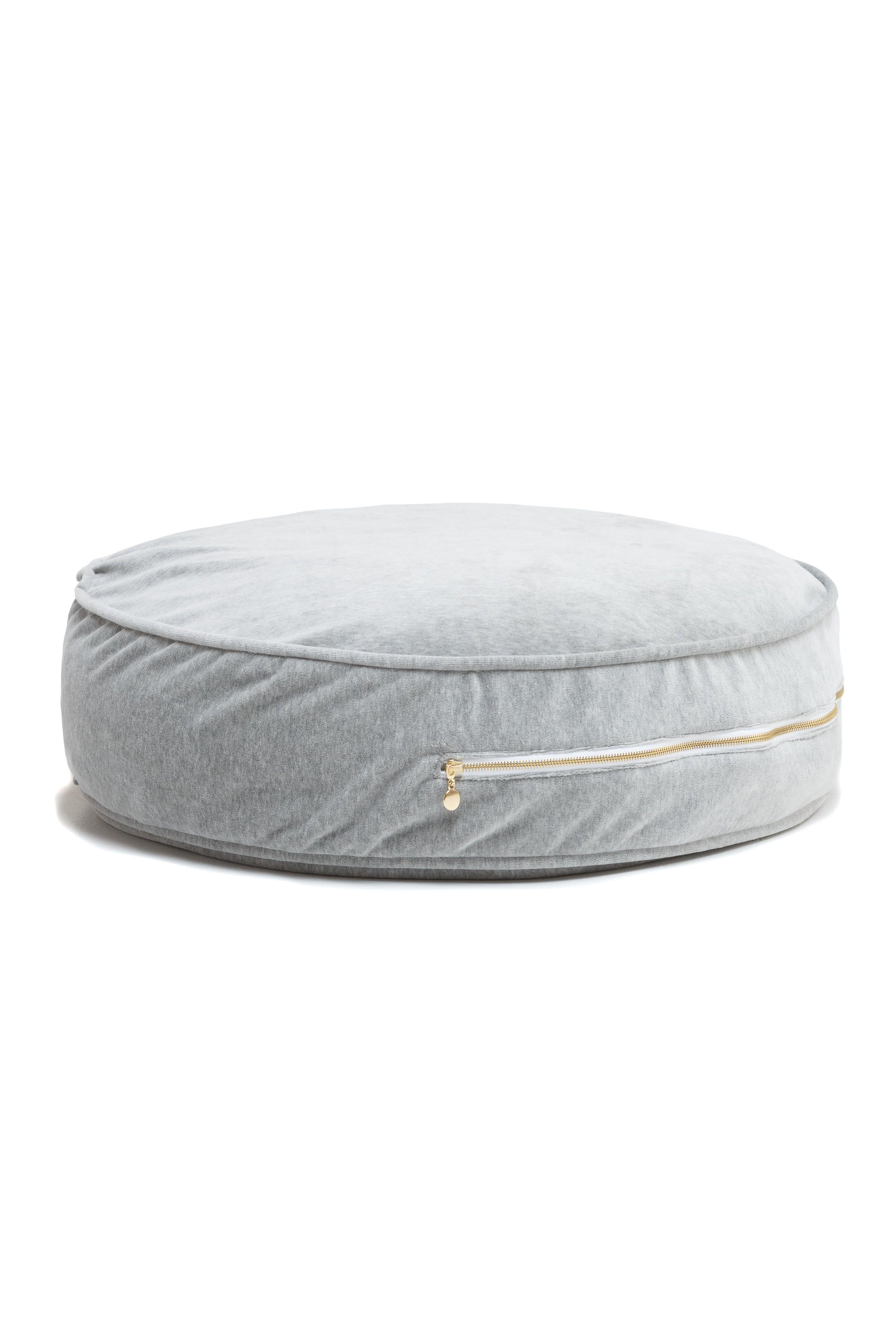 Wigiwama Luxurious Velvet Poufs Ottoman Cool Furniture Pouf