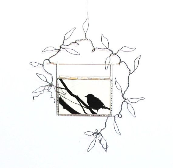 sculpted wire wall vine and vintage 5x7 metal photo