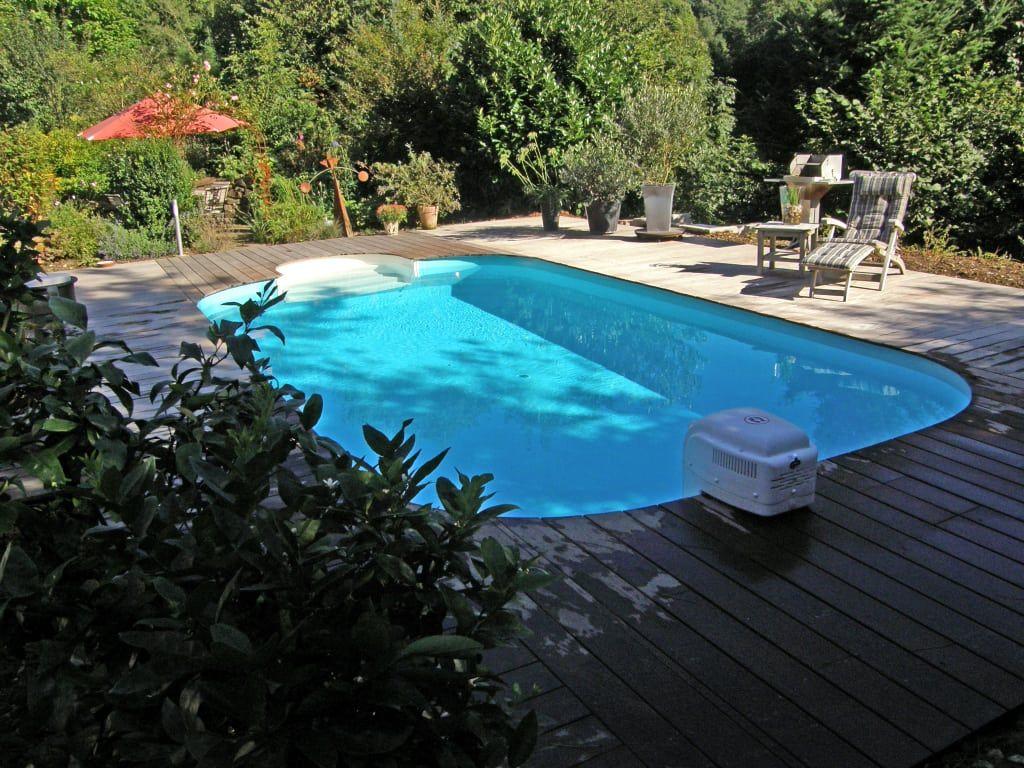 Stahlwandpool gestaltung  Mediterraner Garten Bilder: Stahlwandpool fertig