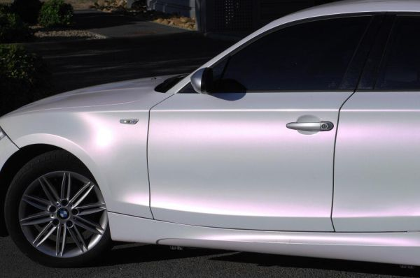 pearl white car paint White car with purple/pink pearl dream!  FOLLOW FOR MORE | Lady  pearl white car paint