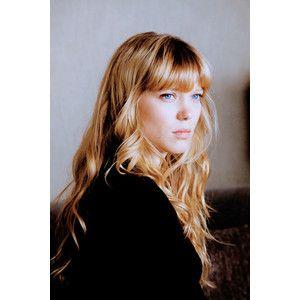 Léa Seydoux Prada Szukaj W Google People Włosy