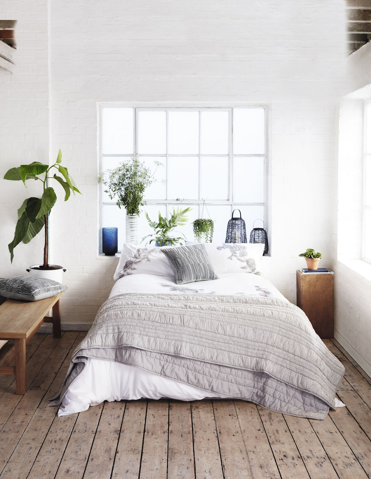 How To Simplify Your Home And Transform Life With Minimalism