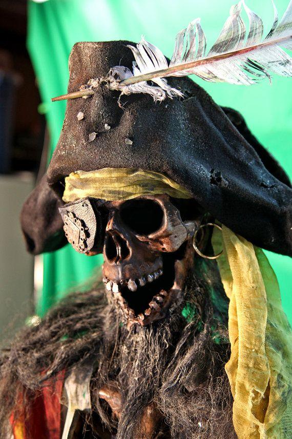Pirate Statue Captain Skeleton Boo! Pinterest Pirate skeleton - life size halloween decorations