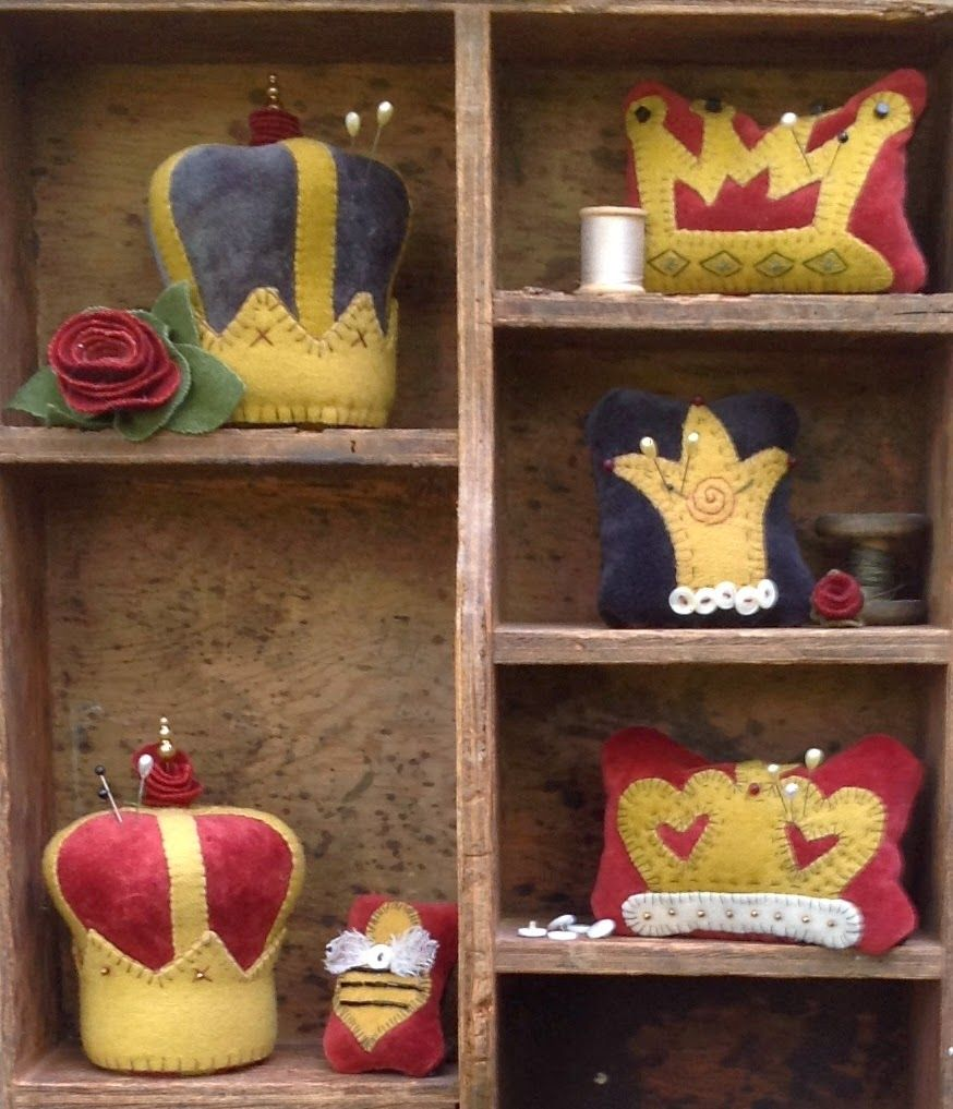 pincushion crowns | Pincushions | Pinterest