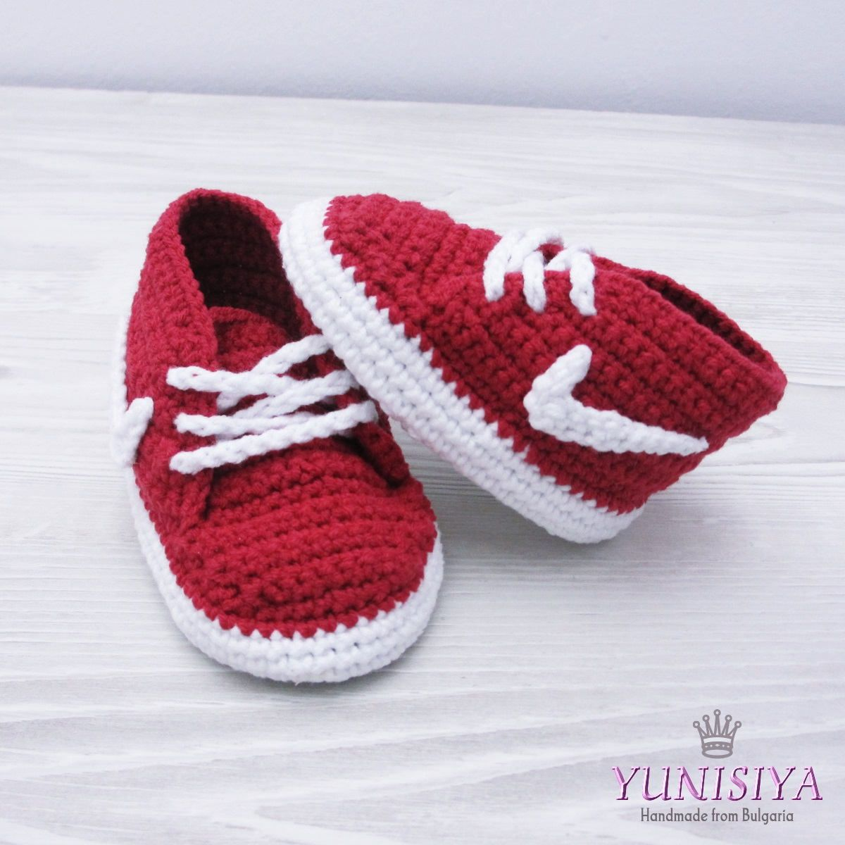 Crochet baby shoes Crochet baby booties 0-3 months Athletic shoes Crochet  sneakers Nike sneakers Red booties Uunique baby gift Baby shower by  Yunisiya on ... f58f2e4ec
