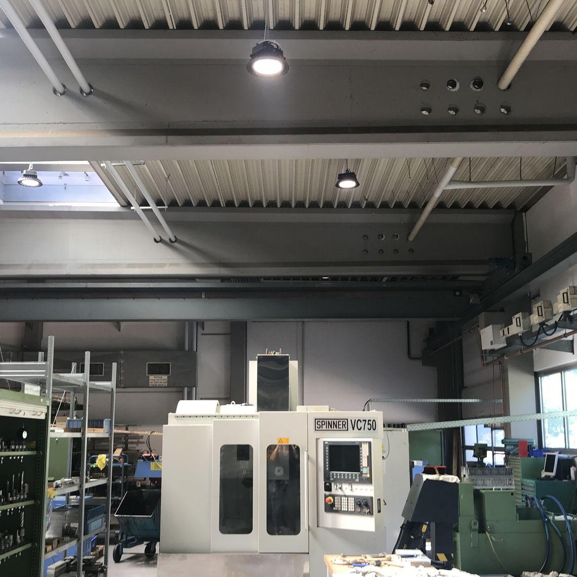 Bur Lighting Bunte Und Remmler Referenzen Led Beleuchtung Cnc Bearbeitung Led Beleuchtung Cnc Bearbeitung Beleuchtung