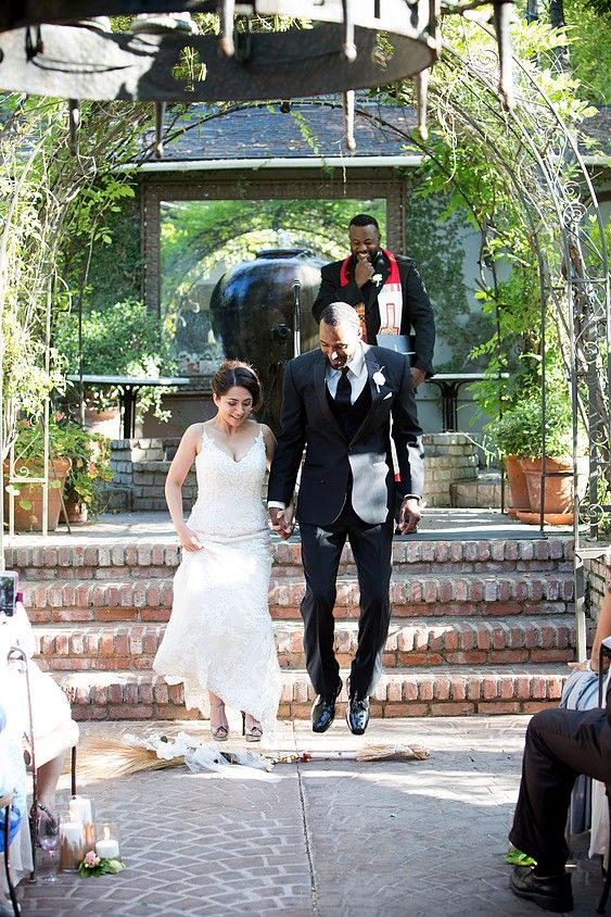 Mylovelyevents Ventura County Vintage Als Wedding Planner Diana Angelo The Villa Woodland Hills Ca Jumping Broom