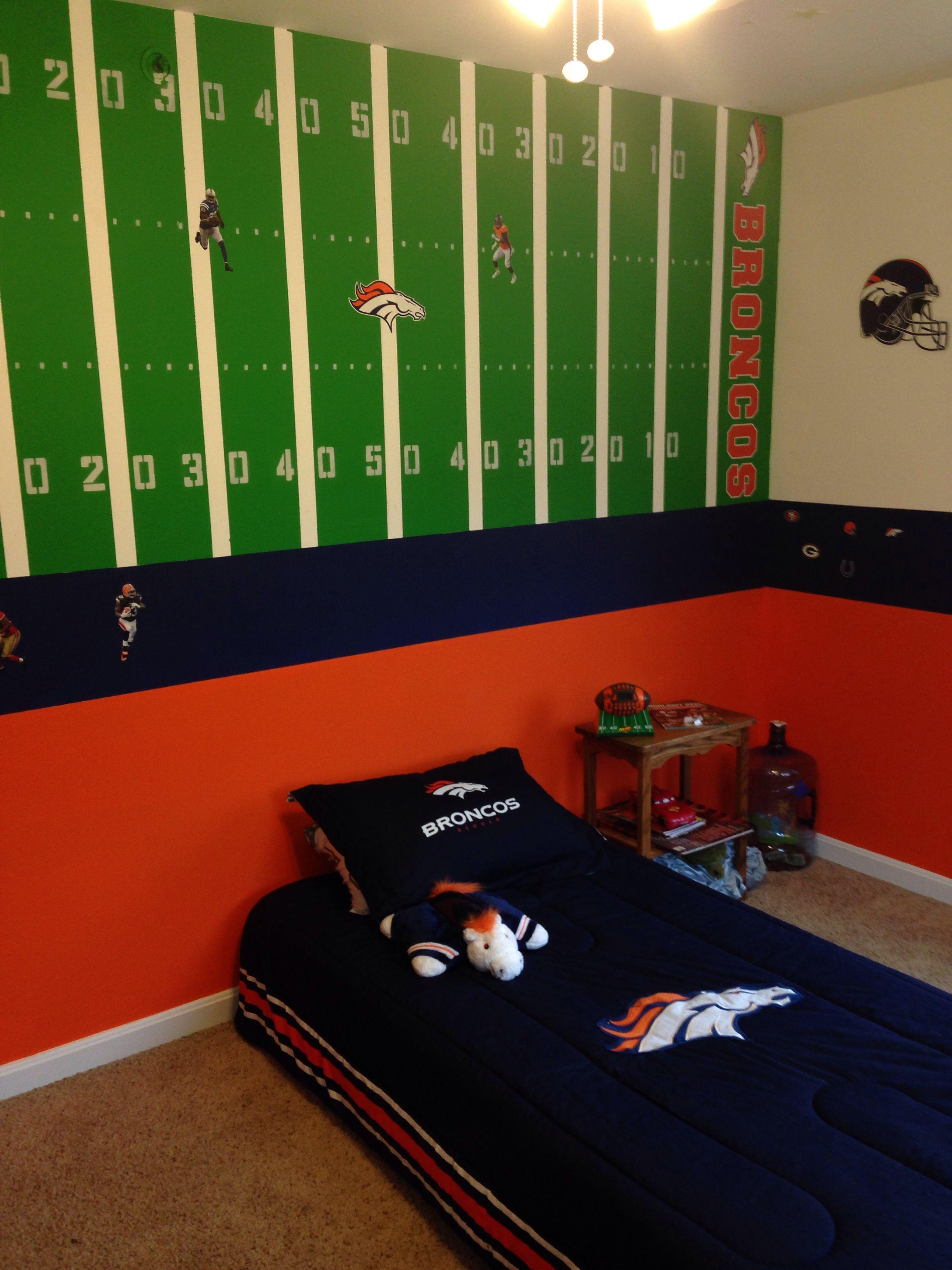 Denver Broncos room | Aj room | Pinterest | Cuarto niña y Dormitorio