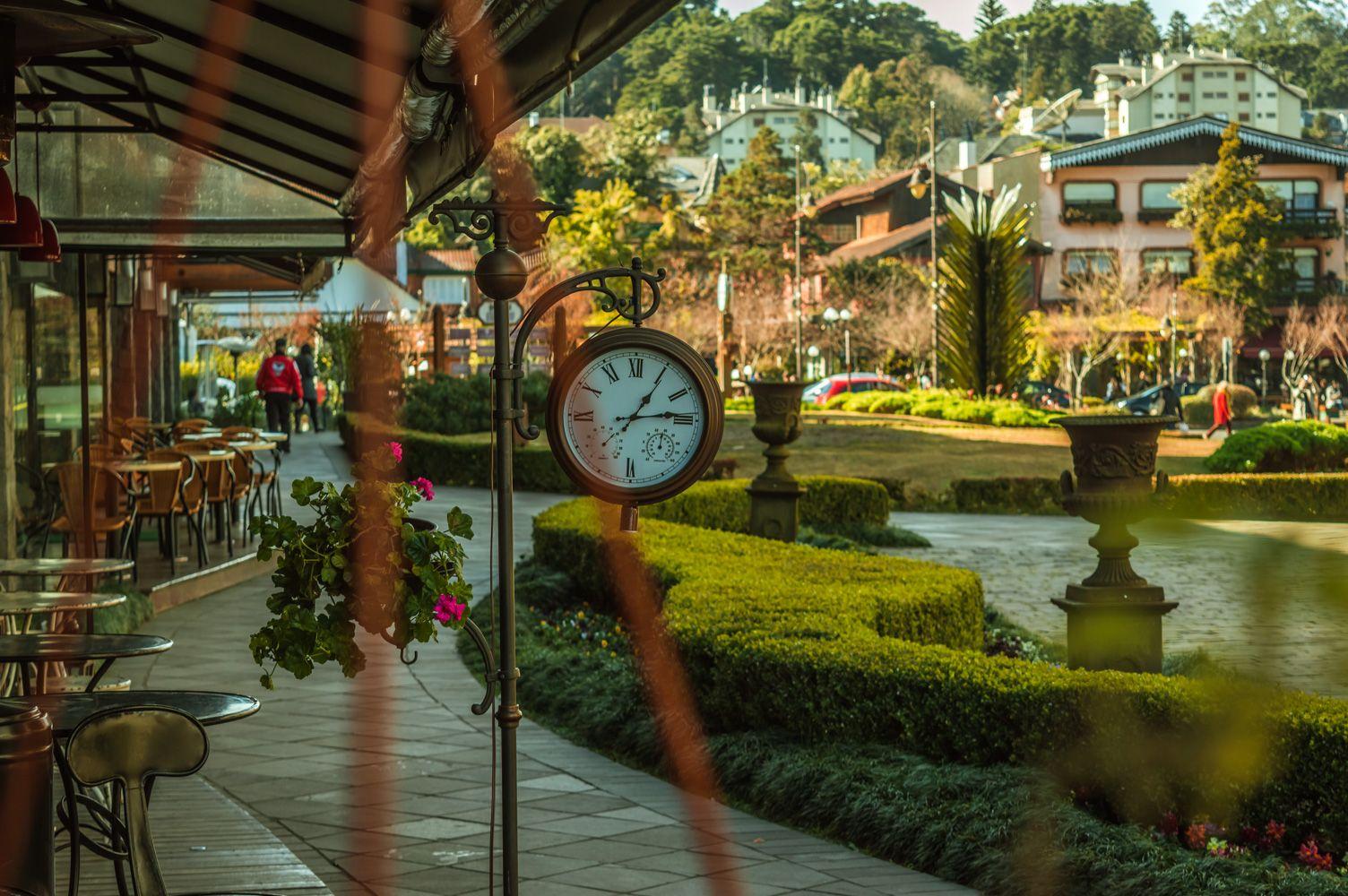 Centro da cidade de Gramado - ao lado da Igreja São Pedro.