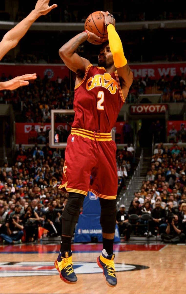 size 40 35c68 10dcf  SoleWatch  Kyrie Irving breaks out the