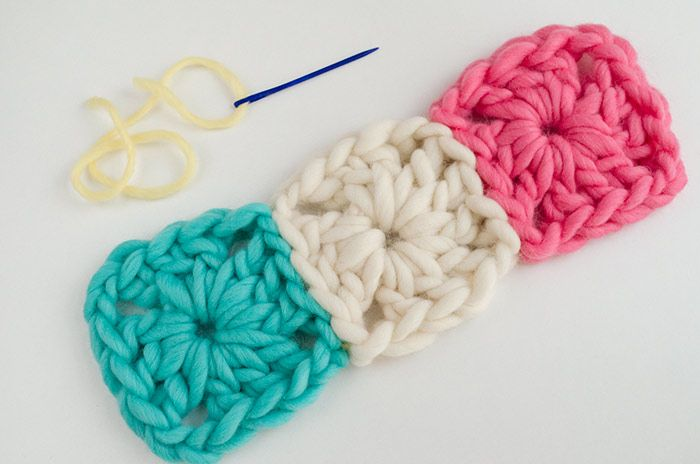 How to join Granny Squares with an invisible seam | Knitting ...