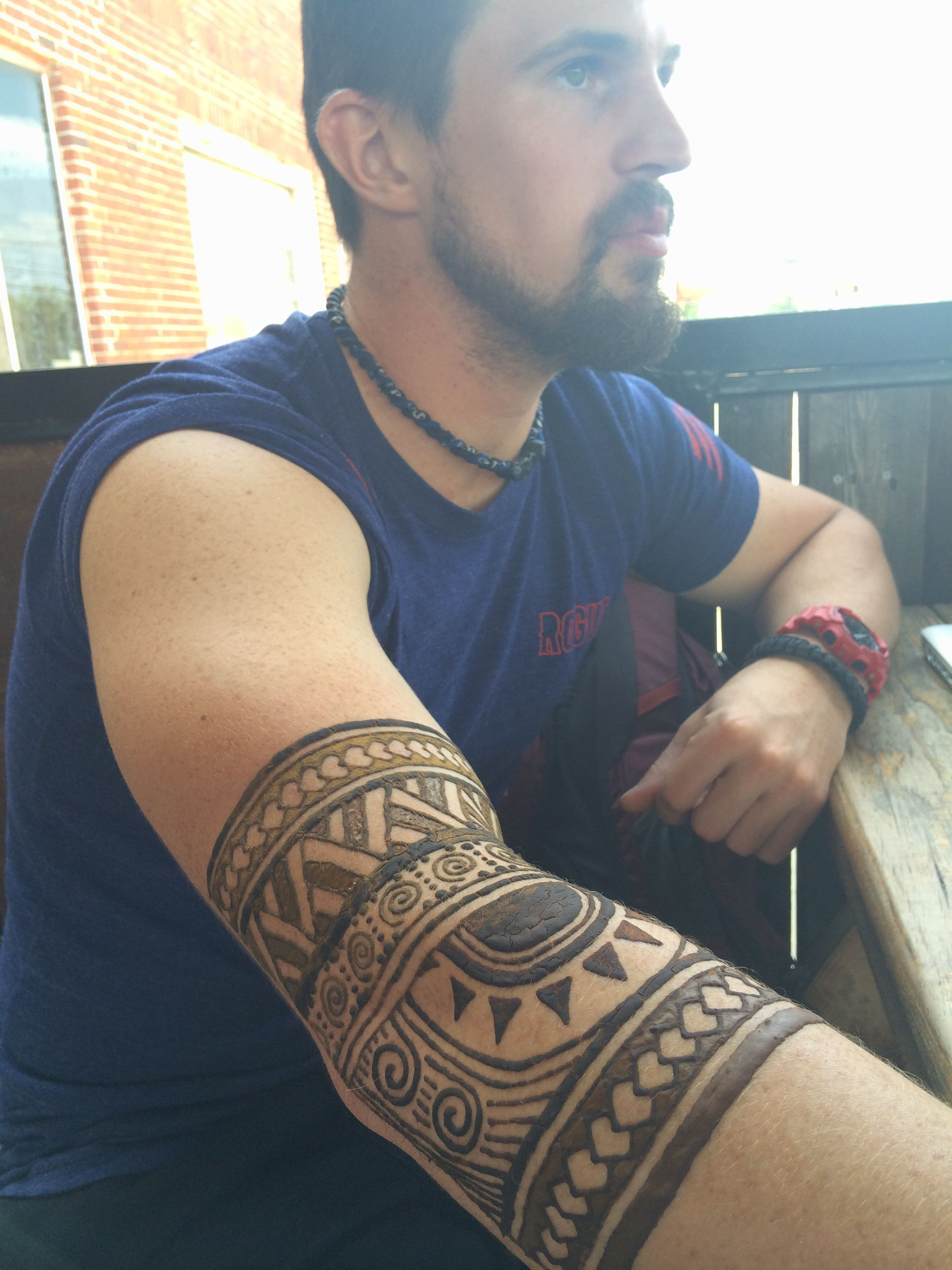 Polynesian henna arm band by Arielle Sword Men henna
