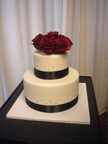 Two tier white black ribbon fondant and red roses custom cake   TWC9